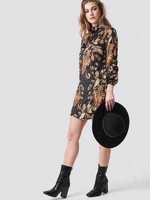 Trendyol Yol Printed Mini Dress - Korta klänningar