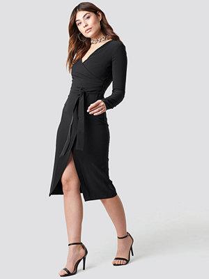 Trendyol Binding Detailed Midi Dress - Midiklänningar