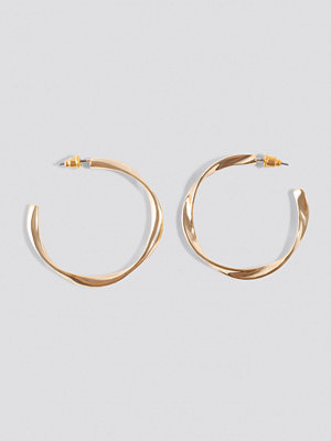 NA-KD Accessories Uneven Open Hoop Earrings - Smycken