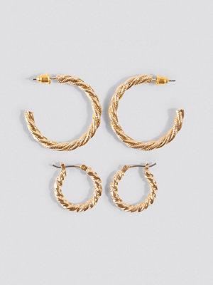 NA-KD Accessories smycke Flätat Örhängesset guld