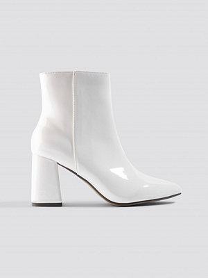 NA-KD Shoes Glossy Patent Boots vit