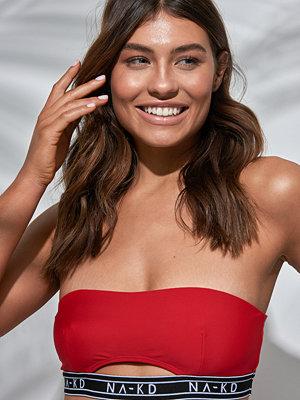 NA-KD Swimwear Logo Cut Out Bandeau Bikini röd