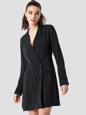 NA-KD Party Double Breasted Blazer Dress svart