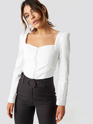 Milena Karl x NA-KD Buttons Squared Blouse - Blusar