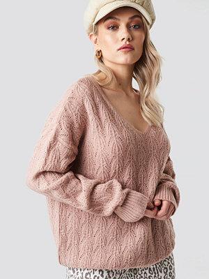 Kae Sutherland x NA-KD V-neck Pattern Knitted Sweater rosa