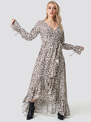 Kae Sutherland x NA-KD Leopard Maxi Dress multicolor