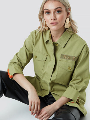 NA-KD Utility Pocket Shirt grön