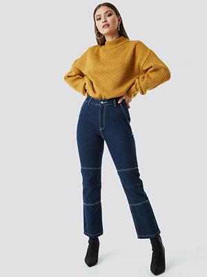 Chloé B x NA-KD Straight Cropped Jeans blå