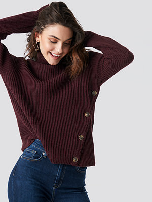 NA-KD Side Buttoned Knitted Sweater röd