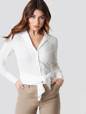 NA-KD Trend Tied Waist Shirt vit