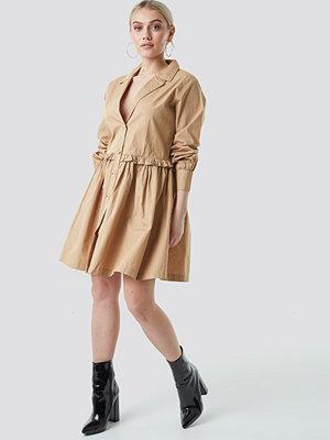 NA-KD Boho Oversize Ruffle Detail Shirt Dress beige