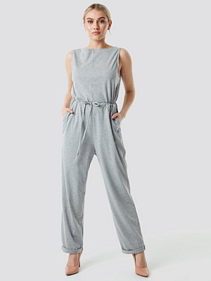 NA-KD Tie Waist Jersey Jumpsuit grå