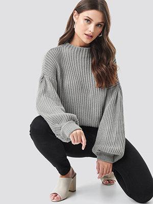 NA-KD Balloon Sleeve Knitted Sweater grå
