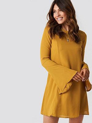 Trendyol Handles Flywheel Mini Dress gul