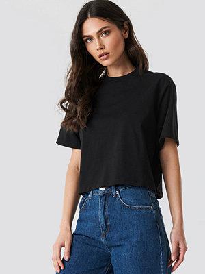 NA-KD Basic Oversize T-Shirt svart