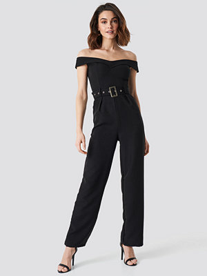 Jumpsuits & playsuits - NA-KD Party Off Shoulder Belted Waist Jumpsuit svart