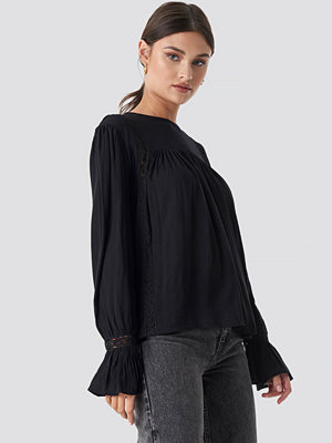 NA-KD Boho Crochet Detail Flowy Cotton Top svart