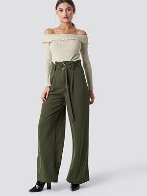 Trendyol omönstrade byxor Belted Paperbag Trousers grön