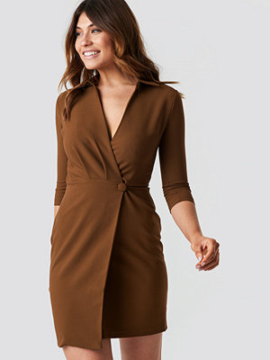 Trendyol Milla Button Detailed Dress brun