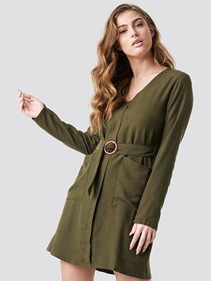 Trendyol Belted Midi Dress - Korta klänningar