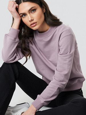 NA-KD Basic Basic Sweater lila