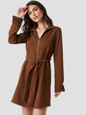 Trendyol Midi Zipper Dress brun