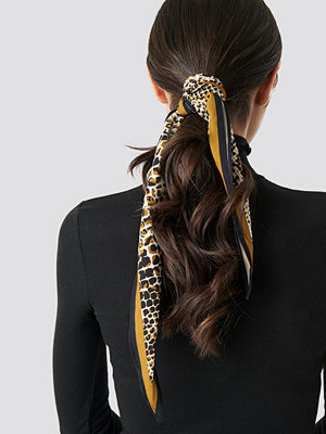 NA-KD Accessories Dark Snake Hair Scarf - Halsdukar & Sjalar