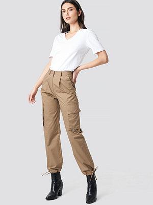 NA-KD Trend Cargo Wide Leg Pants beige byxor