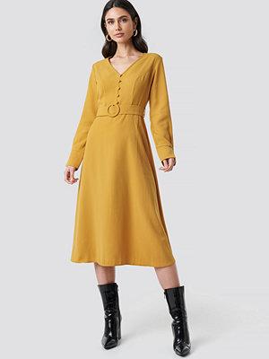 Trendyol Arched Long Dress gul