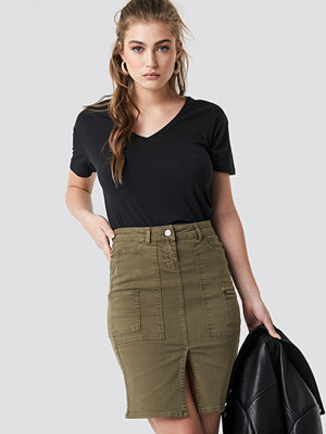 Trendyol Slit Midi Skirt grön
