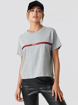 T-shirts - Levi's Graphic Varsity Tee grå