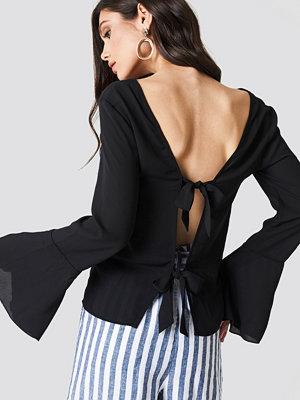 NA-KD Tie Back Wide Sleeve Blouse svart