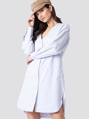 NA-KD Classic Striped Long Shirt Dress blå
