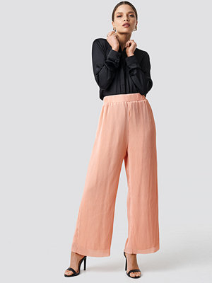 Glamorous persikofärgade byxor High Waist Wide Trousers rosa