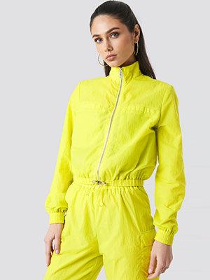 Anna Nooshin x NA-KD Front Zip Track Jacket grön