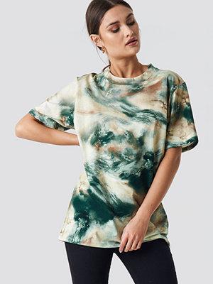 T-shirts - NA-KD Trend Aquarelle Printed Unisex Tee grön