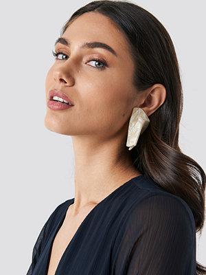 Mango smycke Pisa Earrings vit beige