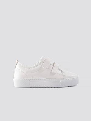Trendyol Milla Sneakers vit
