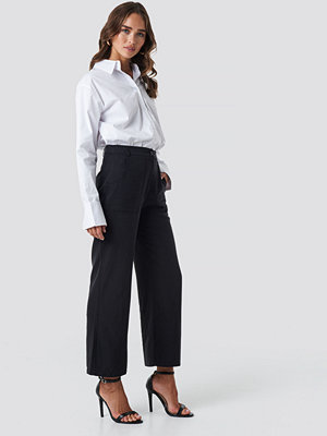 Trendyol svarta byxor Pocket Detailed Pants svart