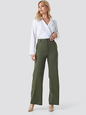 NA-KD Trend omönstrade byxor Highwaisted Wide Leg Pants grön