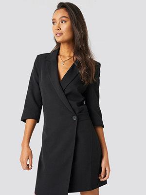 Trendyol Waist Detailed Jacket Dress svart