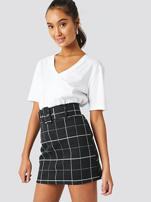 Trendyol Checkered Mini Skirt svart