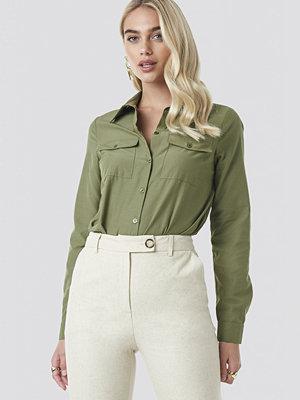 NA-KD Trend Safari Shirt grön