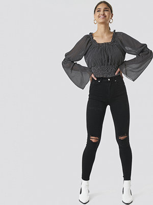 NA-KD Skinny High Waist Destroyed Jeans svart