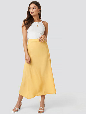 Beyyoglu One Slit Skirt gul