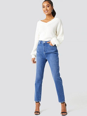 Trendyol High Waist Mom Jeans blå