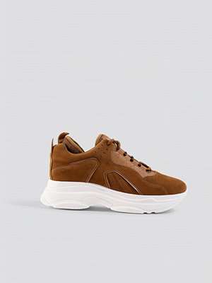 NA-KD Shoes Sporty Faux Suede Sneakers brun