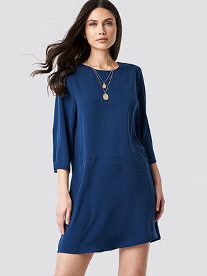 NA-KD Shift Mini Dress blå