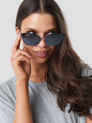 Cheap Monday Scorn Sunglasses svart