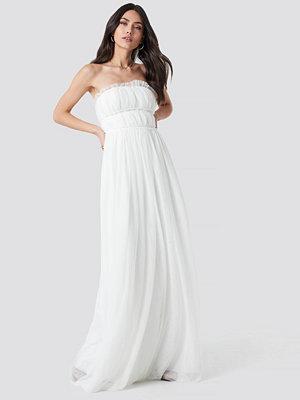 Trendyol Detailed Evening Dress vit